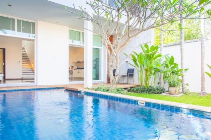 Modern 3 BD Villa in Nai Harn.-V5 - Pool and garden2.jpg