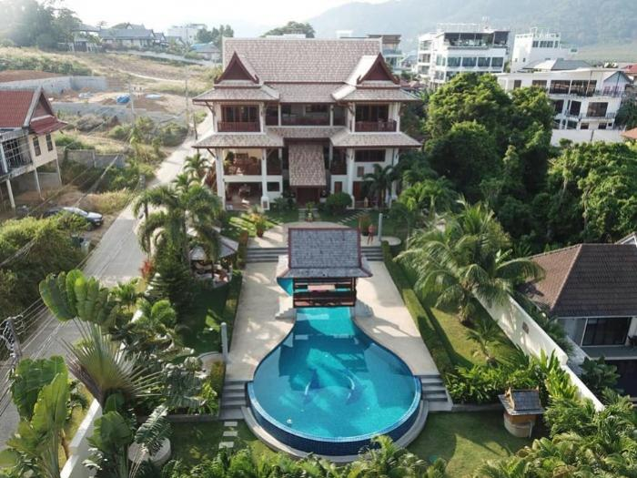 Luxury Thai style Pool Villa in Rawai.-1.jpg
