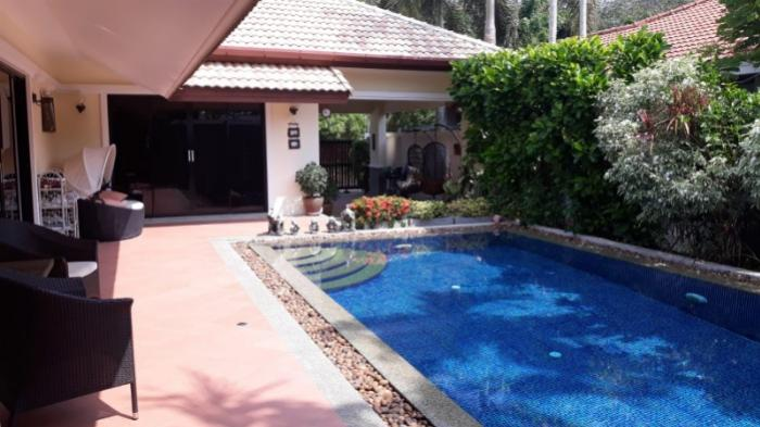 Excellent 3 bedroom opportunity Private Pool Villa five minutes to Rawai Beach.-3.jpeg