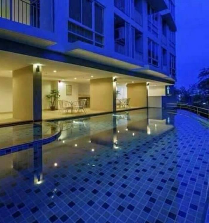 Spacious 1 Bedroom Condo in Phuket City.-10.jpg