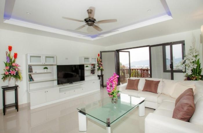 Penthouse in Patong-WhatsApp Image 2019-02-12 at 16.09.53(1).jpeg