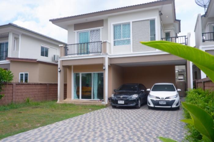 3 bedrooms house for rent Kathu-DSCF0647.jpg