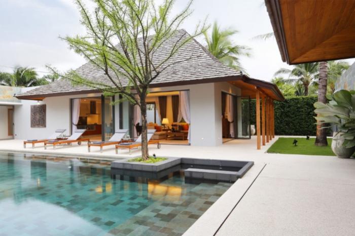 Luxury Villa Bangtao-1.jpg