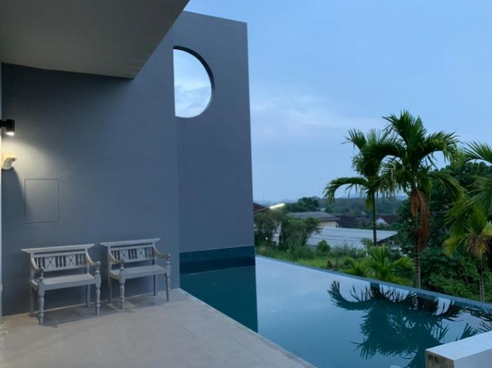 Pool Villa 3 Beds Chalong-1.jpg