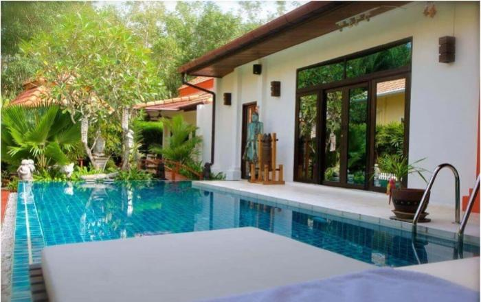 Blinese Style Pool Villa 3 Beds in Rawai-1.jpg
