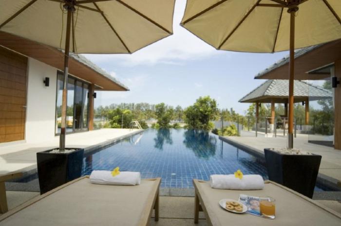 Rawai Villa 12-12 Swimming Pool10.jpg