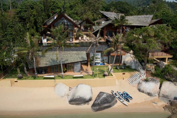 Luxury 5 Bedroom Beachfront - Samui -baanhinta371.jpg