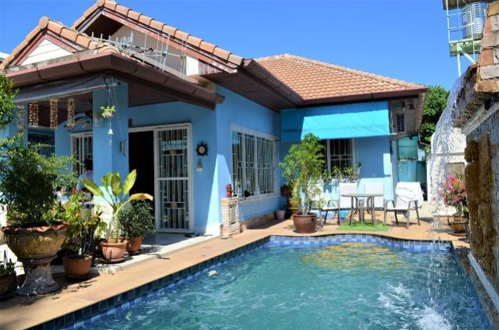 2 BR Townhouse with Pool-DSC_0288.JPG