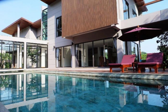 phuket kathu pool villa for sale