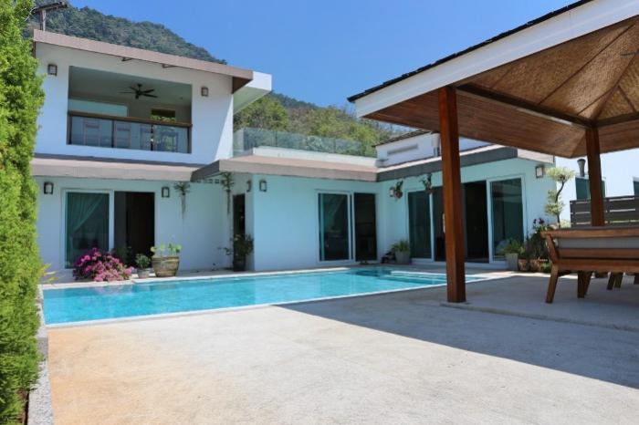 Kamala 3 BR Pool Villa-unnamed (14).jpg