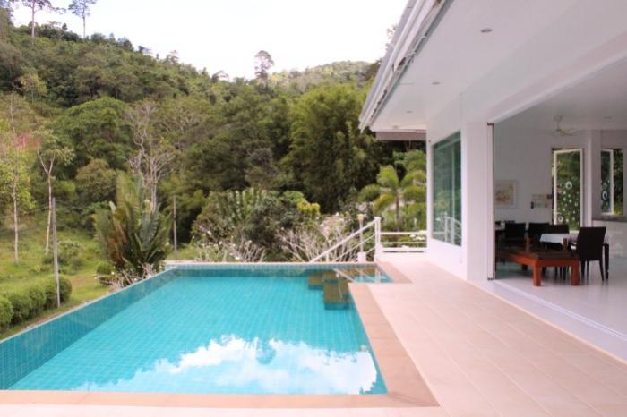 Kathu 3 BR Pool Villa-IMG_8779.JPG