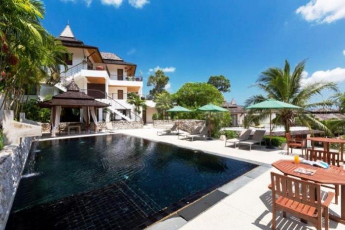 3 BR Apartment Kathu-Pool_007.jpg