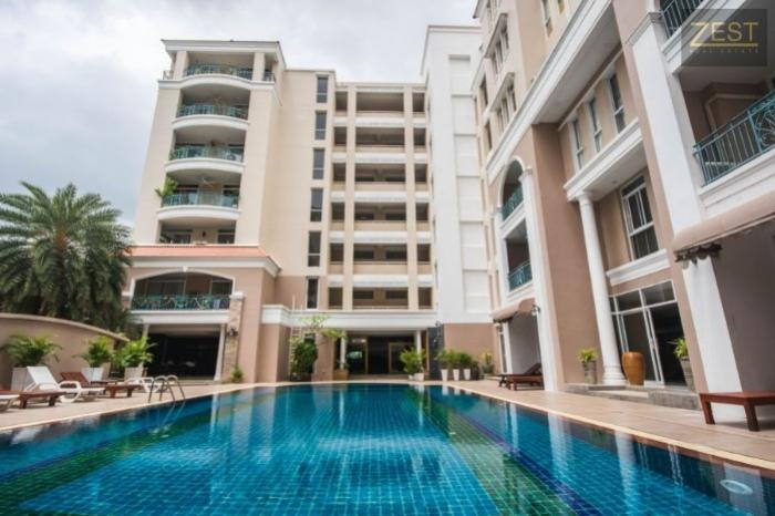 2 BR Condo in Patong-15.jpg