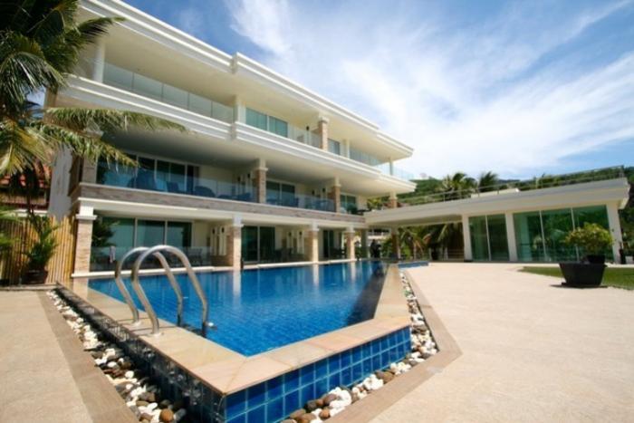 Beautiful Luxury Penthouse with Ocean Views.-1.JPG