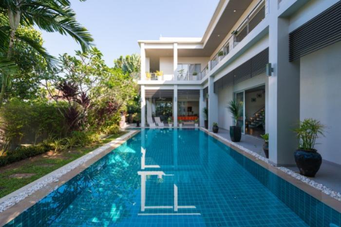 Cherng Talay 4 BR Luxury Villa-15.jpg