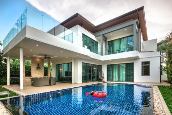 Luxury Villa in Rawai-1.jpg